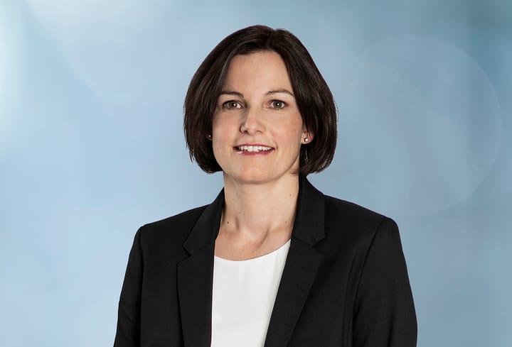 Bettina Adler